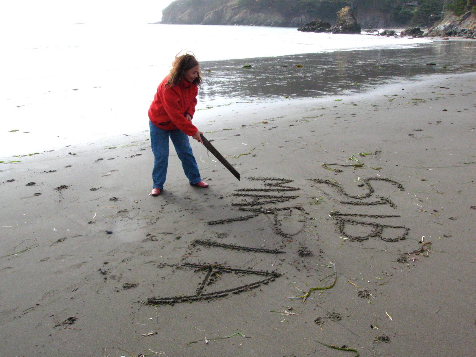 maria y steve in sand copy.jpg